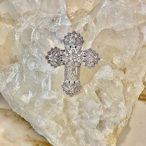 Simply Stunning Custom Silver plate cross 😘💖💖💖